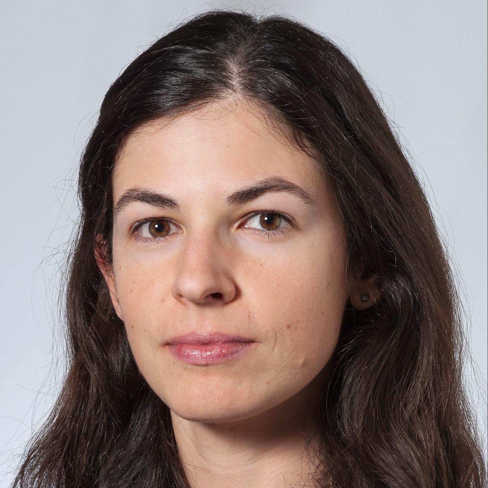 Dr. Vania Batista -